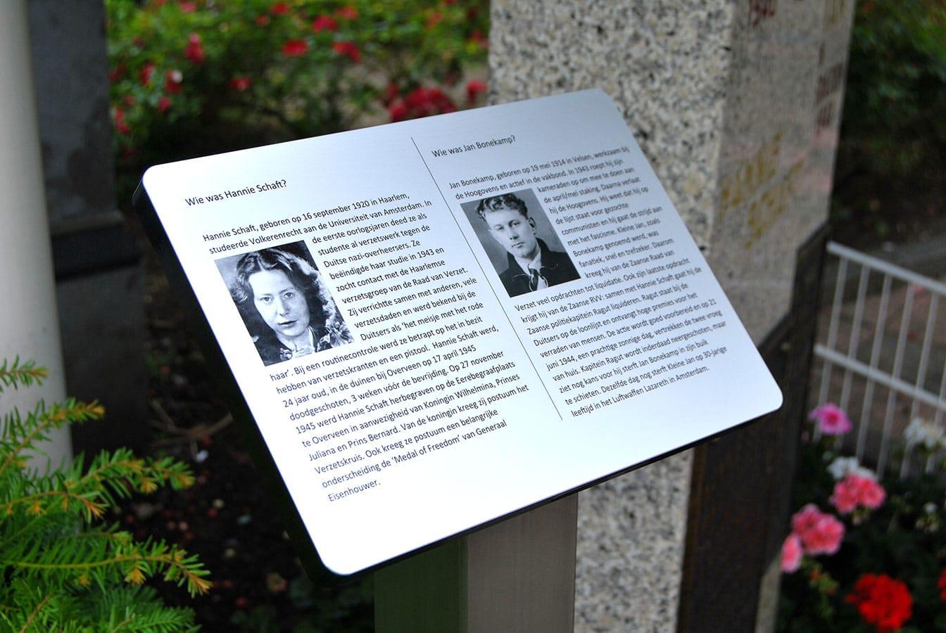 Herdenkingsbordje uit aluminium