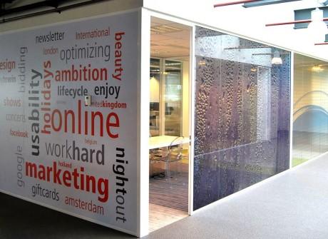 Print op kantoorwand