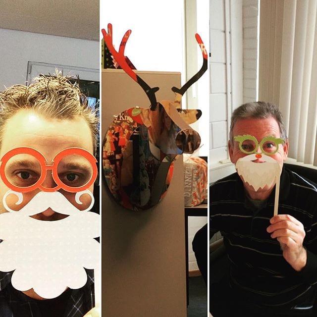 Rudolf zegt dat de kerstsfeer er dit jaar goed in zit bij de heren van  Lust Culinair Genieten #kleeftblijftplakken #lustcatering #kerstgevoel