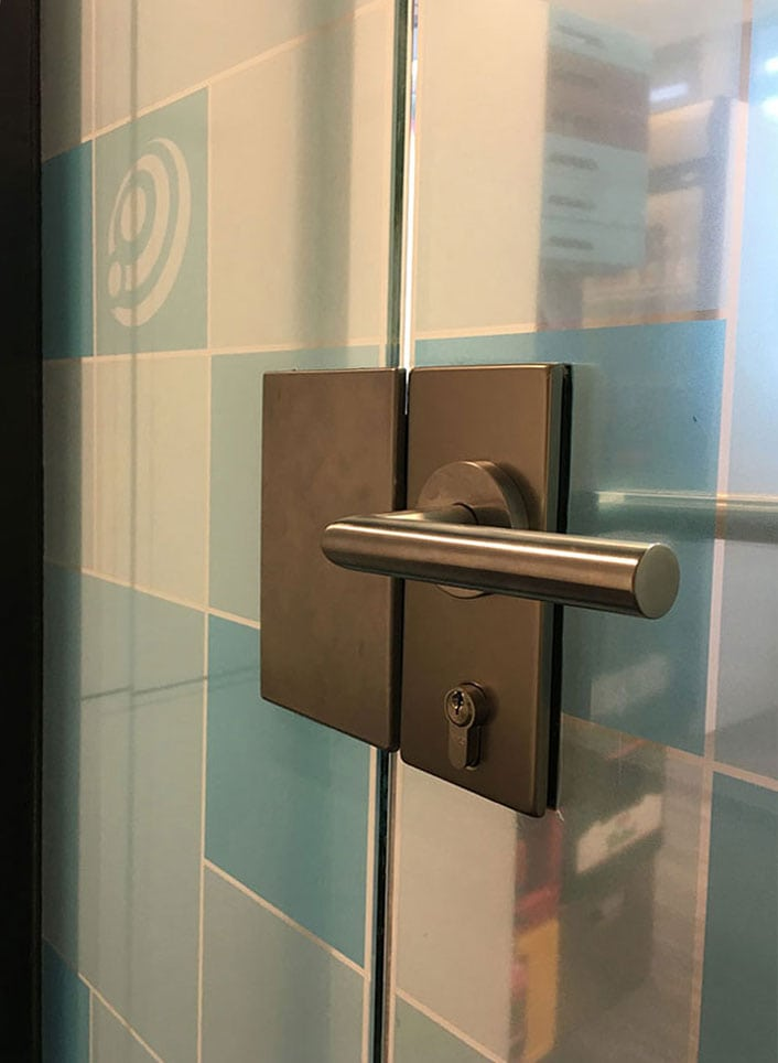 Privacy sticker voor kantoor kamer 3